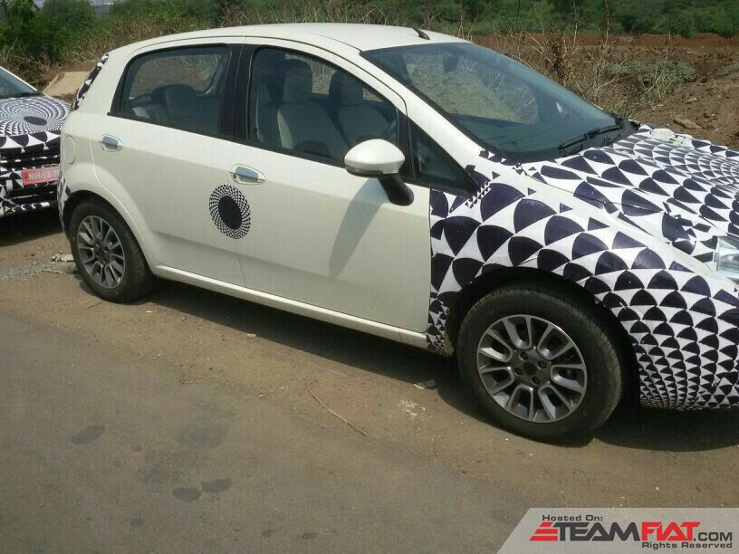 0-tfi-exclusive-spied-%96-fiat-punto-facelift-caught-testing-pune-uploadfromtaptalk1395229684766.jpg