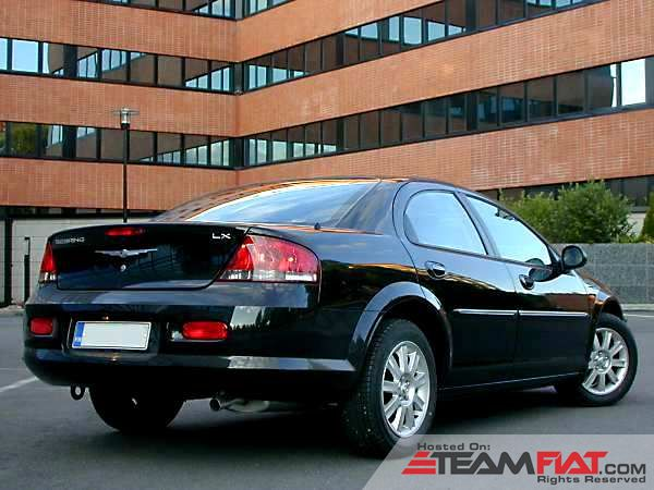 04-06-Chrysler-Sebring-Rear.jpg