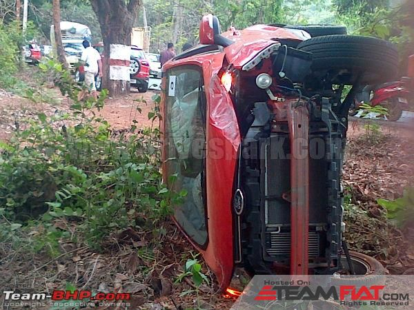 1084701d1368789913-ford-ecosport-toppled-reviewer-emergency-assist-dhamaka-fordecosport03.jpg