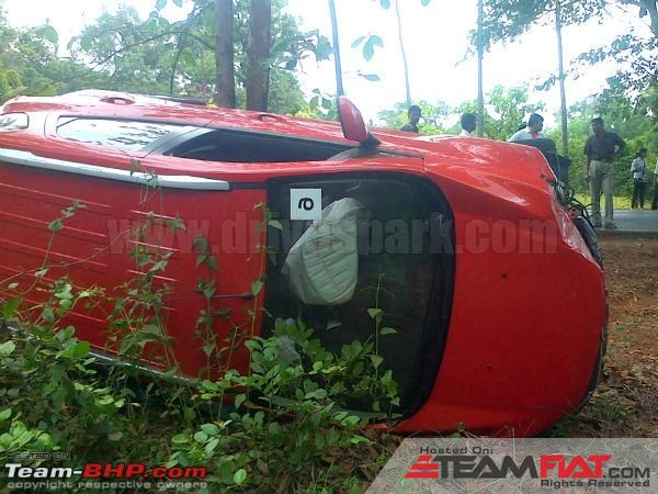 1084702d1368789913-ford-ecosport-toppled-reviewer-emergency-assist-dhamaka-fordecosport04.jpg