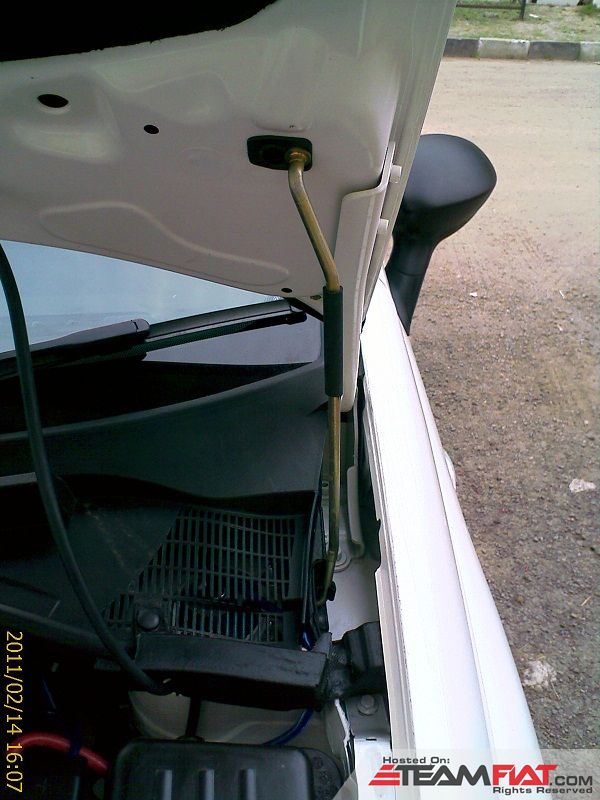 2. New design of Bonnet support lever.jpg