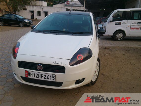 2011-fiat-punto-emotion90hp-1929180-640x428.jpg