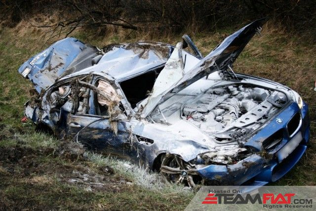 2013-bmw-m5-crash-on-german-autobahn_100388716_m.jpg
