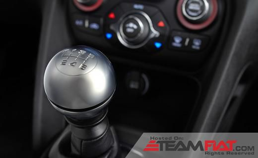 2013-dodge-dart-r-t-shifter-photo-454329-s-520x318.jpg