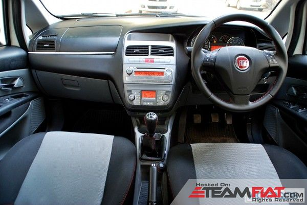 2013-Fiat-Grande-Punto-90HP-review-27-600x401.jpg