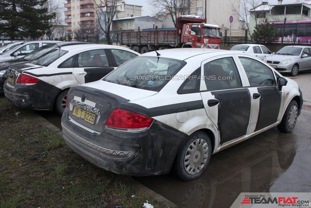 2013-Fiat-Linea-facelift-rear-three-quarters.jpg