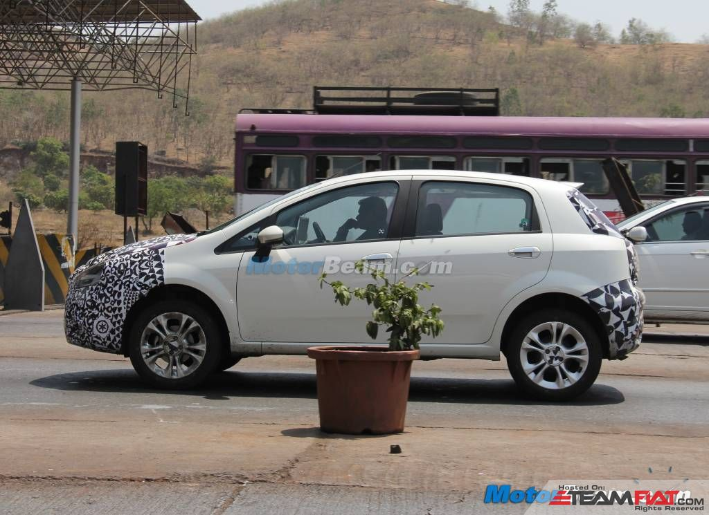 2014-Fiat-Punto-Facelift-On-Test.jpg