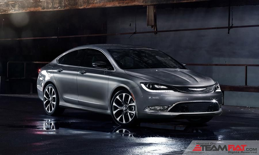 2015-chrysler-200-new-redesign-sedan-compact-v6-awd-redesigned-detroit-auto-show.jpg