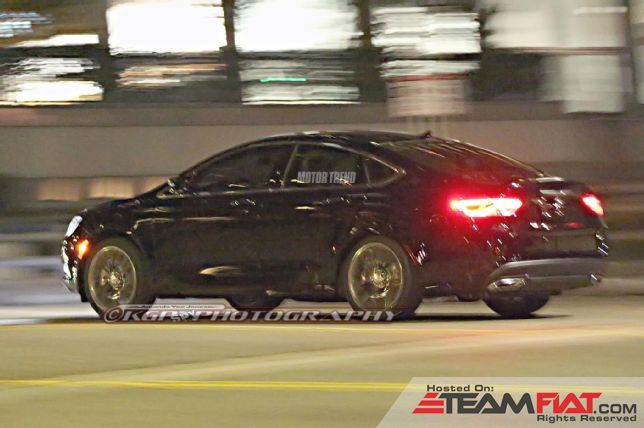 2015-Chrysler-200-spied-rear-three-quarter.jpg