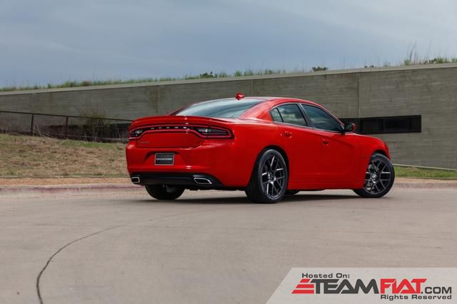 2015-dodge-charger-05.jpg