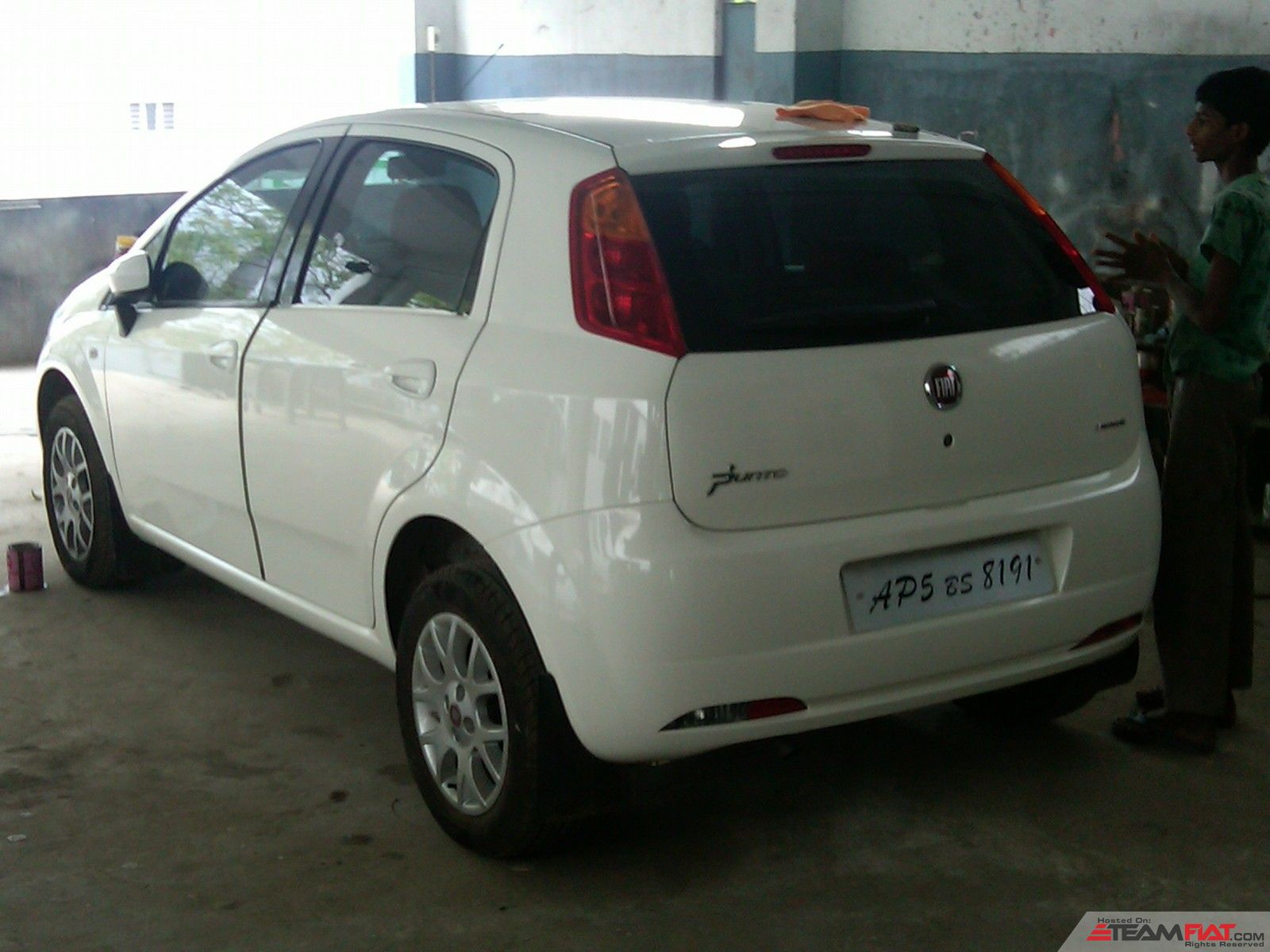 After paint work,in popular auto,26-2-2011.jpg
