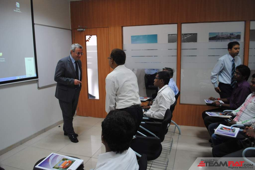 Enrico-Atanasio-MD-of-FIAT-India-at-the-new-training-center-U-Netversity-Pune-Ranjangaon-2.jpg