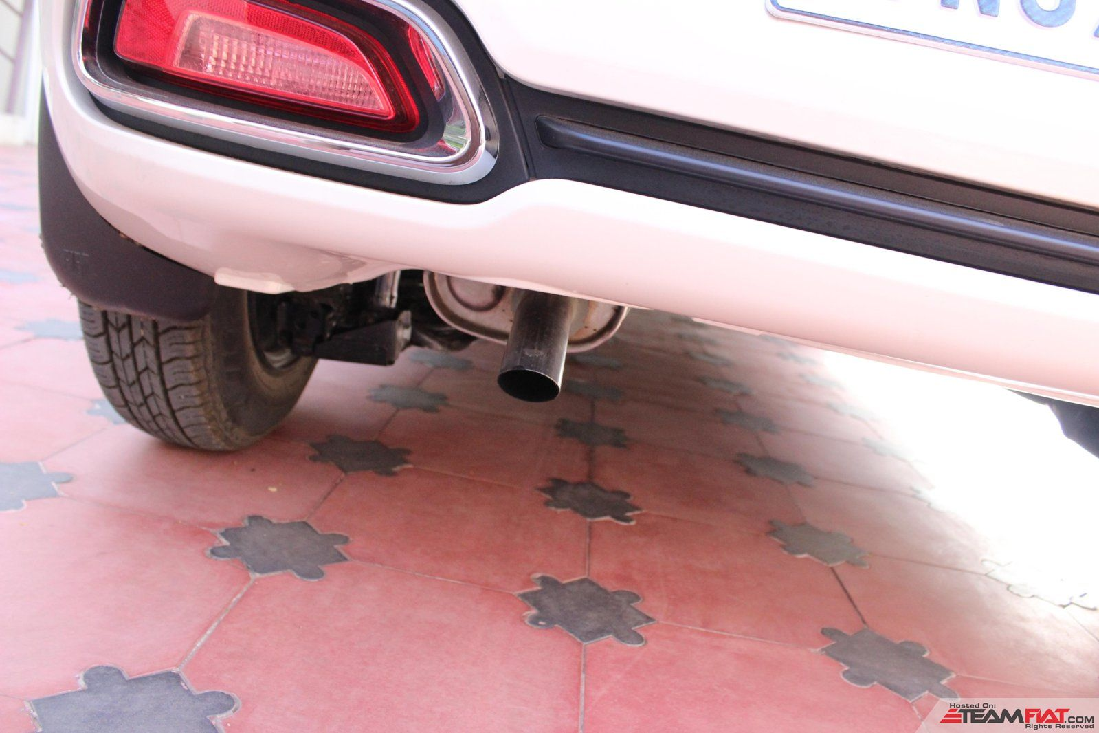Exhaust pipe.JPG