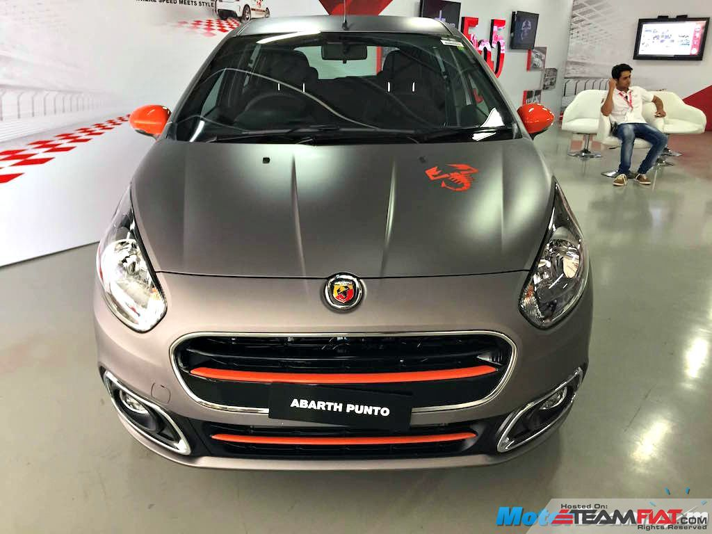 Fiat-Abarth-Punto-Showcase-Front.jpg