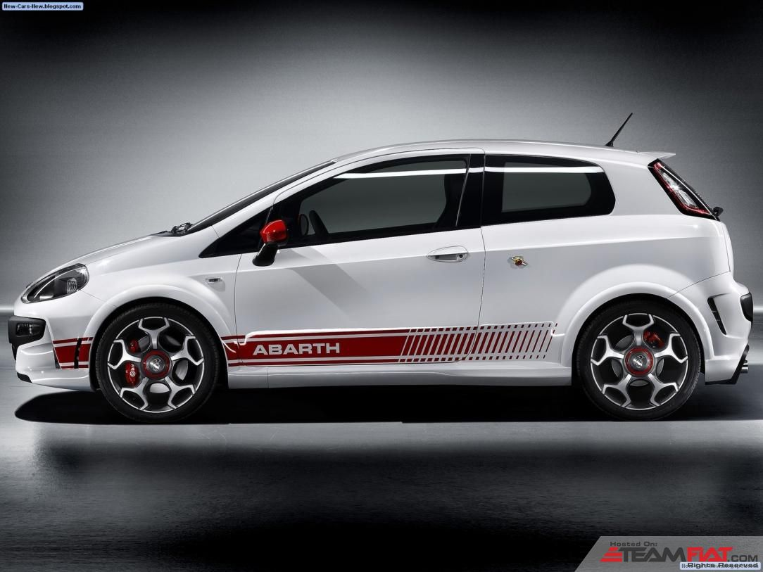 Fiat-Punto_Evo_Abarth_2011_1600x1200_wallpaper_05.jpg