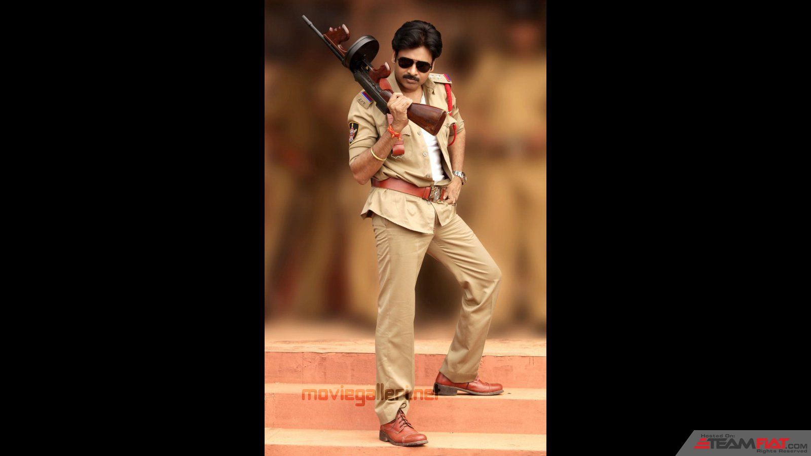 pawan_kalyan_gabbar_singh_wallpapers_01.jpg