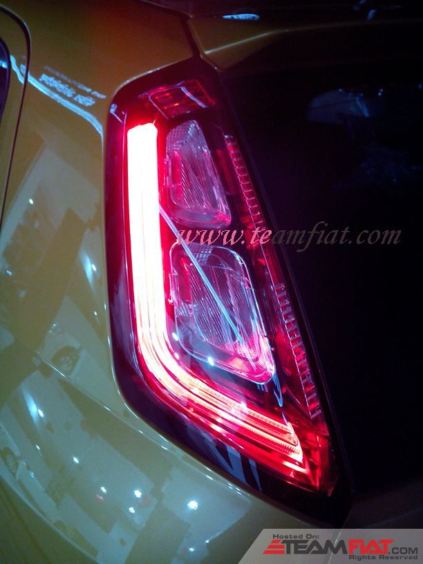 punto evo 2014 tail lights.jpg