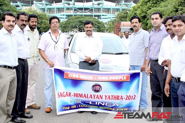 Sagar-Himalayan Yathra 2012 Flag-Off at Ernakulam.jpg