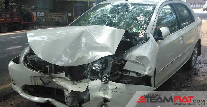 toyota-etios-accident-2_625x300_81416644786.jpg